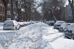 Calle enterrada en nieve Fotos de archivo libres de regalías