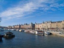 Calle Estocolmo, Suecia de Strandvagen Foto de archivo