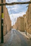 Calle estrecha en Yazd Fotos de archivo libres de regalías