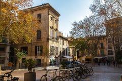 Calle europea vieja en la ciudad de Valldemossa Palma de Mallorca españa foto de archivo libre de regalías
