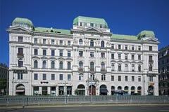 Calle histórica famosa del anillo de Viena - Ringstrasse Fotos de archivo libres de regalías