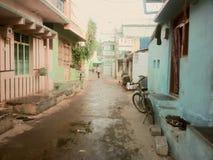 Calle india como continuación de la casa Imagen de archivo