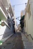 Calle linda y cómoda de una pequeña ciudad Fotografía de archivo libre de regalías