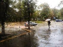 Calle lluviosa Imagenes de archivo