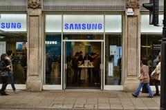 Calle Londres de Oxford de la tienda de Samsung Fotos de archivo