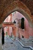 Calle medieval en Sibiu Foto de archivo libre de regalías