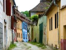 Calle medieval en Sighisoara. Imagen de archivo