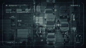 Calle muy transitada del CCTV en la noche en ciudad asiática metrajes