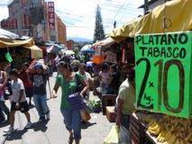 Calle muy transitada en Chilpancingo Imágenes de archivo libres de regalías
