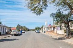 Calle principal en Loeriesfontein Imagenes de archivo