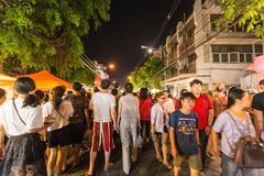 Calle que camina del mercado de domingo Imagenes de archivo