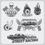 Calle que compite con emblemas, etiquetas, insignias y elementos del diseño Estilo de la vendimia ilustración del vector