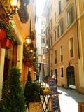 Calle romana típica Imágenes de archivo libres de regalías