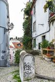 Calle típica de Lisboa fotos de archivo