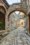 Calle típica en bala o Valle en Croacia Foto de archivo