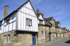 Calle tradicional y casas de piedra del pueblo de Lacock foto de archivo libre de regalías