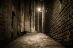 Calle vacía en la noche Imágenes de archivo libres de regalías