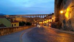 Calle vacía en Segovia fotos de archivo
