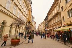 Calle Vaci en Budapest en Hungría Imágenes de archivo libres de regalías