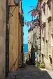 Calle vieja de la ciudad de Korcula Fotos de archivo libres de regalías