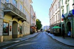 Calle vieja de la ciudad de la ciudad de Vilna el 24 de septiembre de 2014 Fotos de archivo