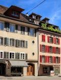 Calle vieja de la ciudad en Aarau, Suiza Foto de archivo libre de regalías