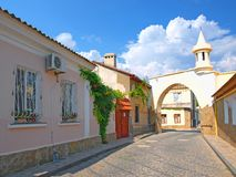 Calle vieja en Evpatoria, Crimea, Ucrania Imágenes de archivo libres de regalías