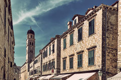 Calle vieja peatonal popular en Dubrovnik, Croacia, Stradun foto de archivo