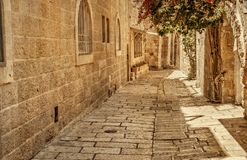 Callejón antiguo en el cuarto judío, Jerusalén fotografía de archivo