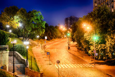 Callejón de héroes del ciento divino en Kiev en la noche Fotos de archivo
