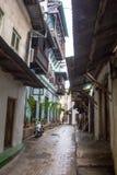 Callejón de piedra de la ciudad Foto de archivo libre de regalías