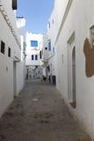 Callejón en Assila, Marruecos Imagen de archivo