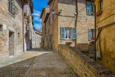 Callejón en Urbino Imágenes de archivo libres de regalías