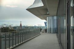 Callejón fuera de la alameda del SM de Asia, escena urbana, Filipinas fotografía de archivo