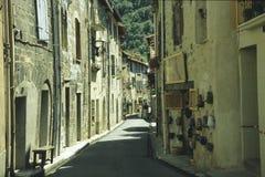 callejón Villefranche-medieval Imágenes de archivo libres de regalías