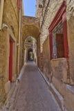 Callejón pintoresco, isla de Quíos Imagen de archivo libre de regalías