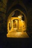 Callejón viejo de la ciudad Imagen de archivo libre de regalías