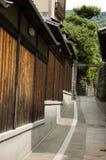 Callejones japoneses de Kyoto fotos de archivo libres de regalías