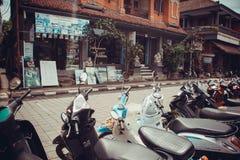 Calles comerciales de Ubud Fotos de archivo libres de regalías