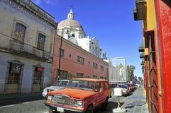 Calles de la ciudad de Puebla, México Fotos de archivo