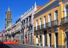 Calles de la ciudad de Puebla, México Imágenes de archivo libres de regalías