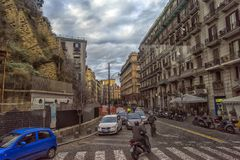Calles de la ciudad en el centro de ciudad Fotos de archivo libres de regalías