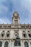 Calles de las opiniones de Oporto imagenes de archivo
