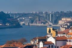 Calles de las opiniones de Oporto foto de archivo libre de regalías