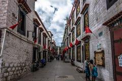 Calles de Lasa, Tíbet Fotografía de archivo libre de regalías