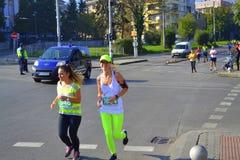 Calles de Sofía de los Marathoners Imagen de archivo libre de regalías