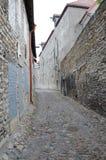 Calles de Tallinn vieja Fotos de archivo libres de regalías