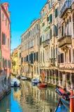 Calles del agua en Venecia Italia Imagenes de archivo