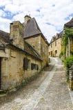 Calles del castillo de Beynac Imagenes de archivo