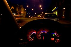 Calles en la noche foto de archivo libre de regalías